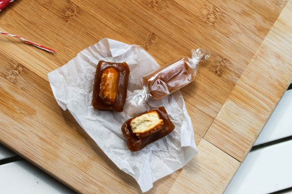 caramels unwrap wrap-