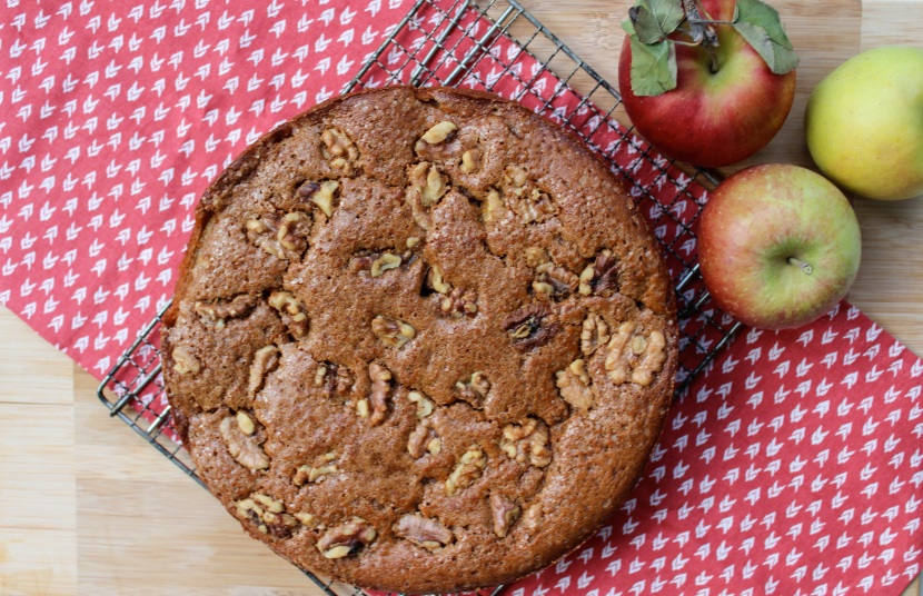 apple ginger cake 3-crop
