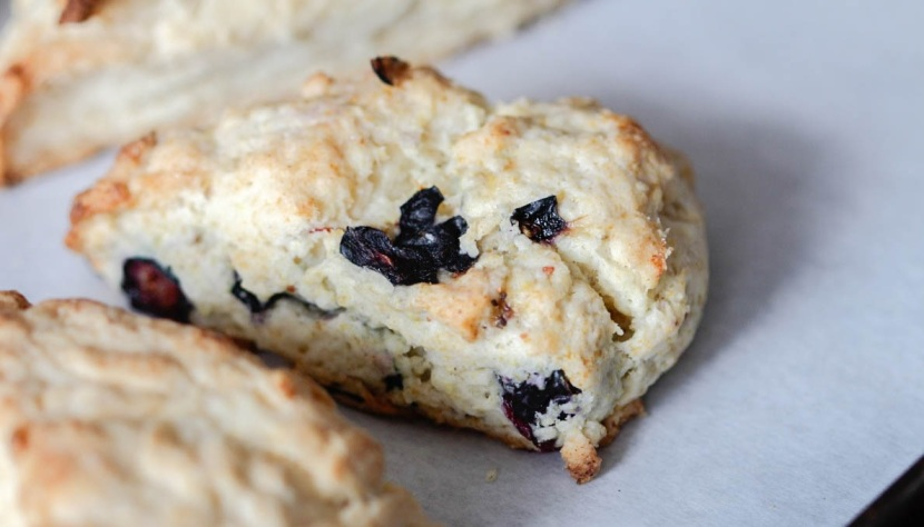 blueberry lemon cream scone
